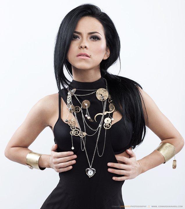 Elena Apostoleanu / INNA Nude Photos 45