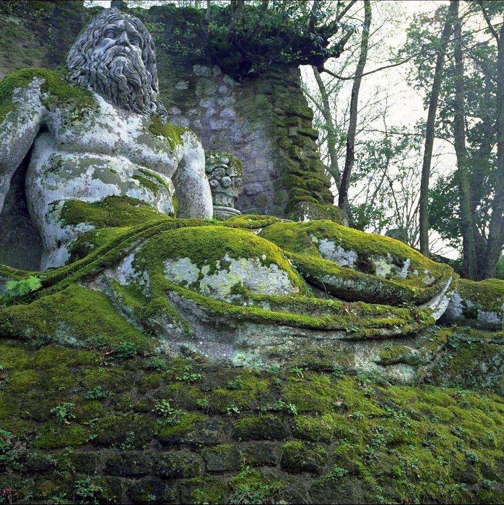 Dioses de grecia y roma zona vertigo2040 for Jardines de bomarzo